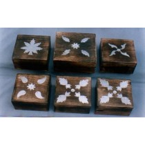 Natural Wood Decorative White Leaves Design Box(4'' x 4'')