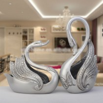 Silver Antique resin couples swan festive decor (A)