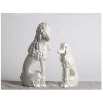 White colors resin dog decorations (A)